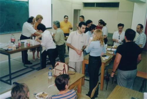 Γιορτή για κλείσιμο ακ.χρονιάς 2001-2002 (Μαι. 2002)